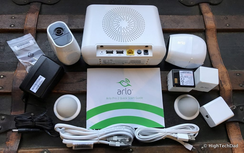 HTD NETGEAR Arlo Pro 2 - in the box