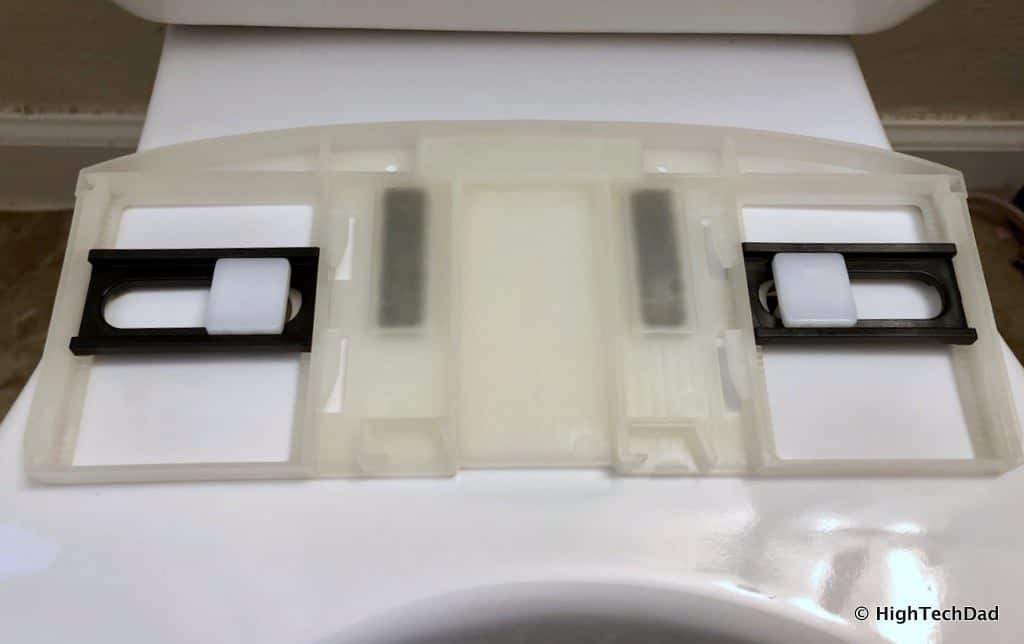 HighTechDad Omigo Toilet Seat Review - plate mounted
