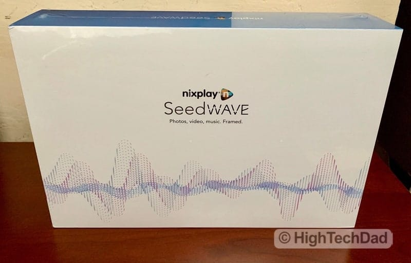 HighTechDad Nixplay Seed Wave review - in the box