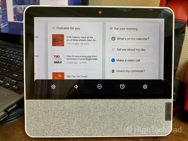 HighTechDad review: Lenovo Smart Display 7 - swipe up for settings