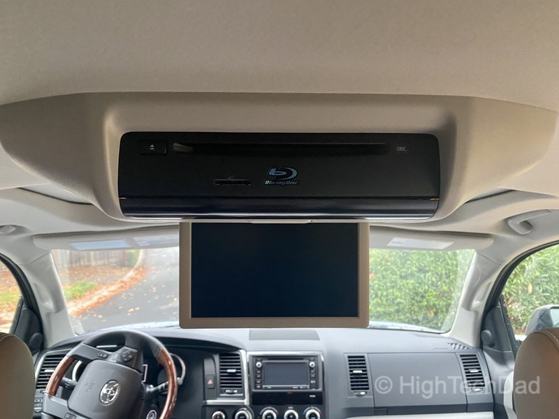 HighTechDad, Toyota Season of Giving & the 2019 Toyota Sequoia - BluRay screen