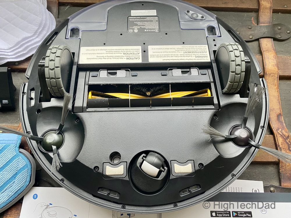 The bottom side of the Deebot T5 robotic vacuum by Ecovacs - HighTechDad review