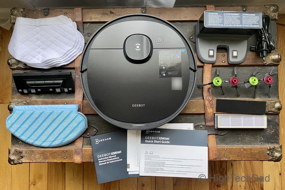 What's in the box - Ecovacs Ozmo Deebot T5