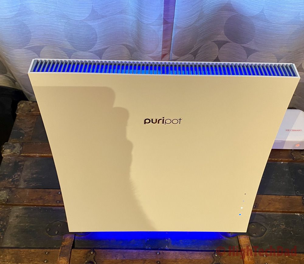 Blue mood light of the puripot airFrame F+ - HighTechDad review