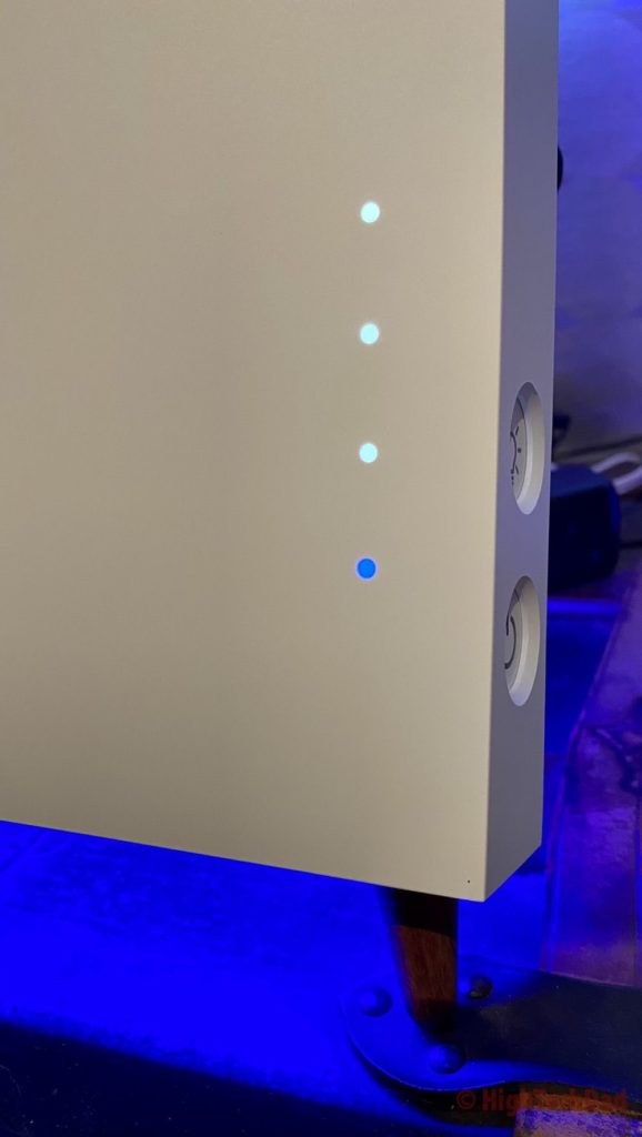 Buttons on the side of the puripot airFrame F+