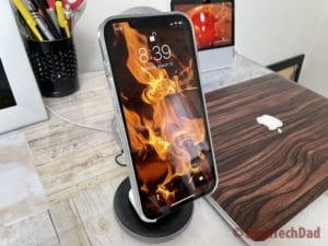 HighTechDad review - HyperJuice Magnetic Wireless Charging Stand