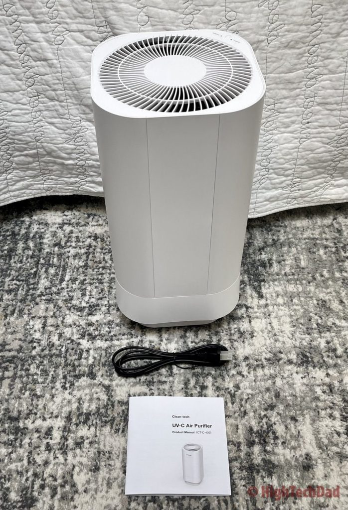 What's in the box - Cleantech UVC air purifier - HighTechDad review